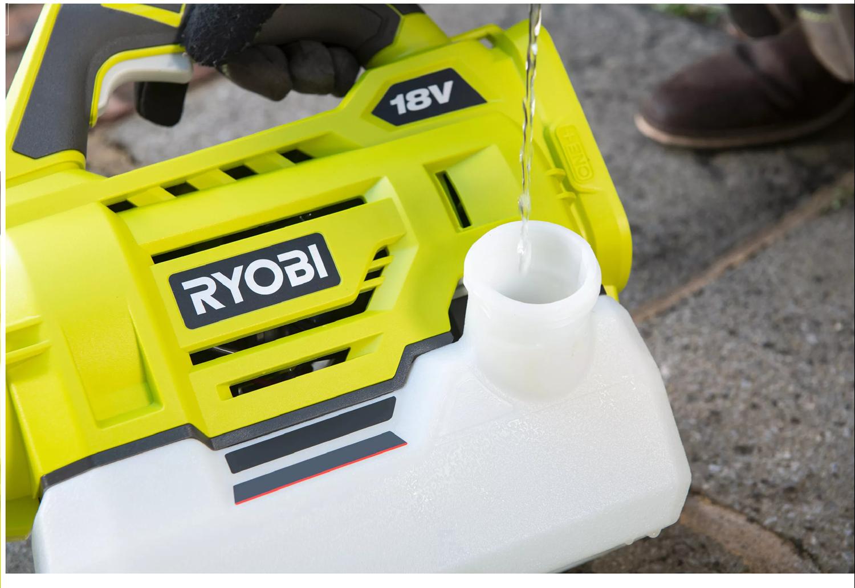 Снимка на Акумулаторен Аерозолен генератор RYOBI RY18FGA-0,18V+Акумулаторен сет RYOBI RC18120-250 Li-Ion battery ONE+ 2 x 5.0Ah + ЗАРЯДНО